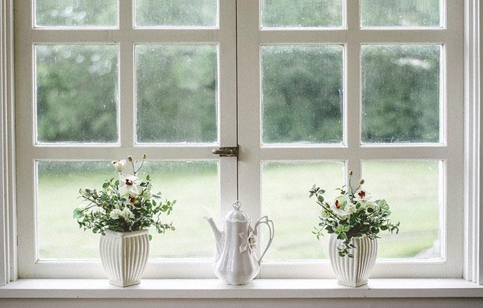 Zabezpieczenia w klamkach okiennych